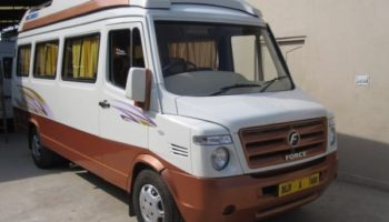 13 Seater Tempo Traveller