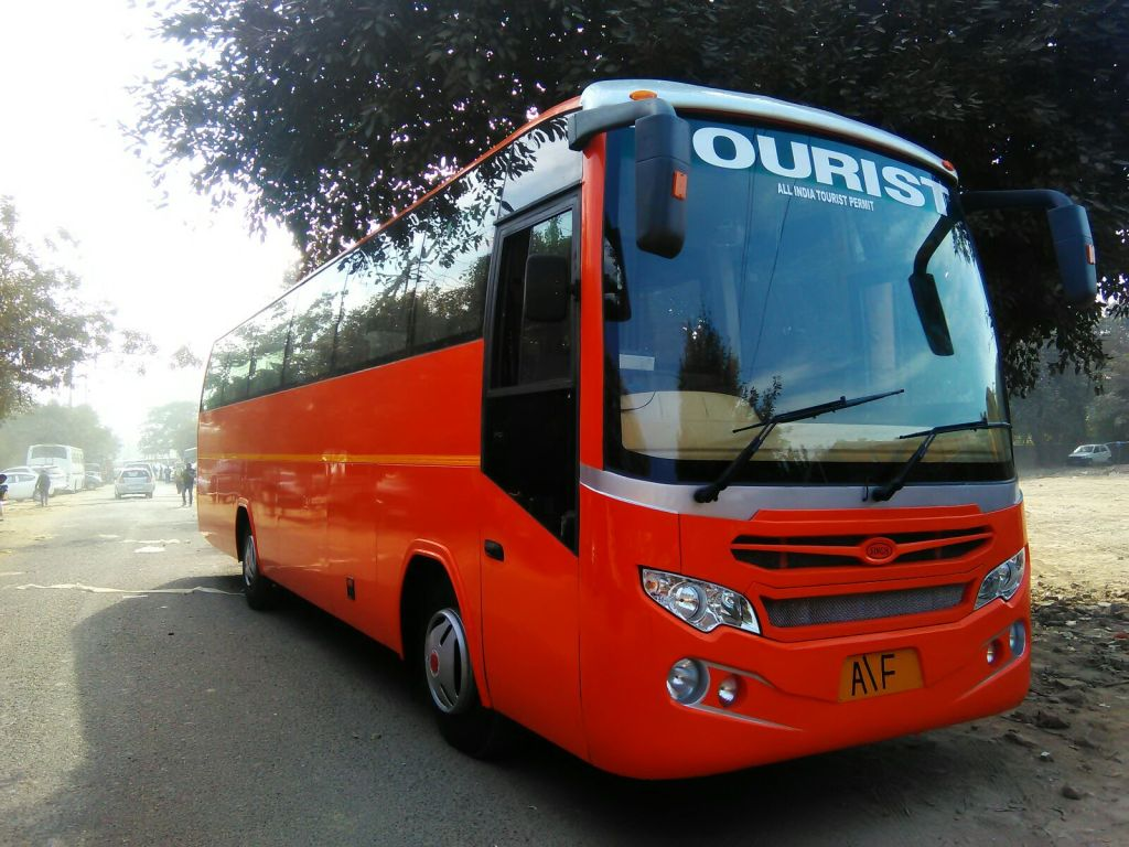 45 Seater Large Luxury Volvo Bus In Lucknow Comfort My